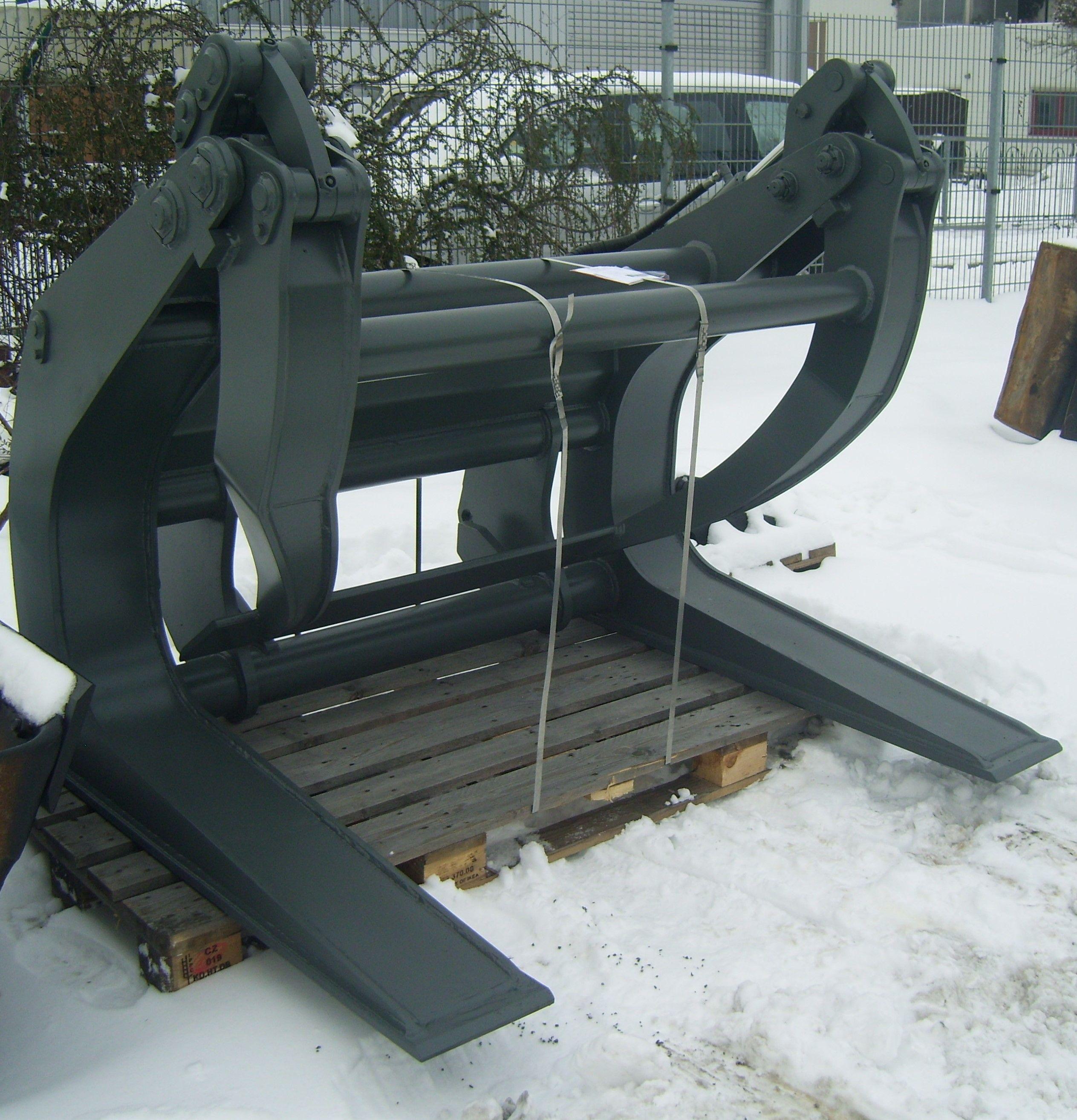 Baumklammer / Rundholzgreifer für Liebherr L 510 SW