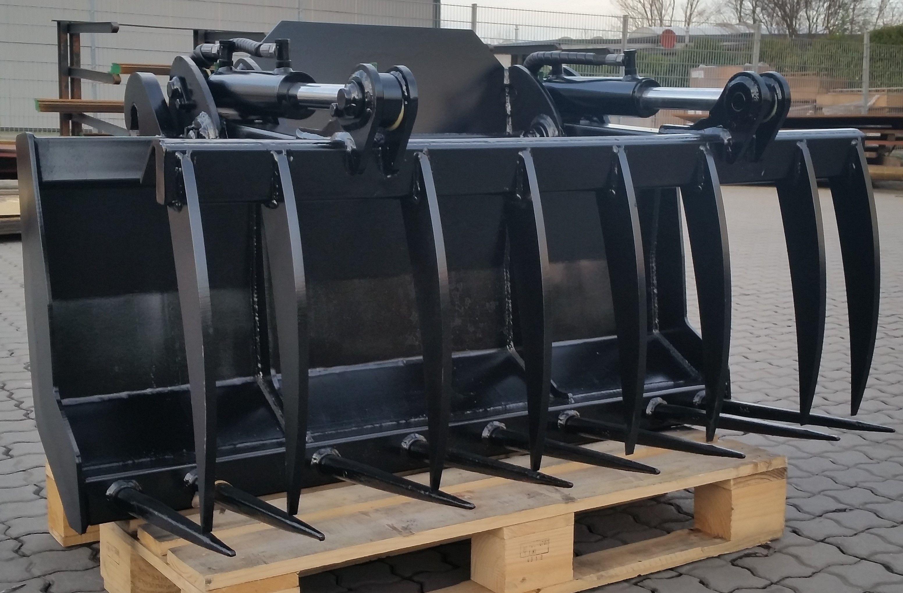 Dunggabel mit hydraulischem Niederhalter für Kramer 350/750